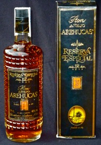 Arehucas bottle & box